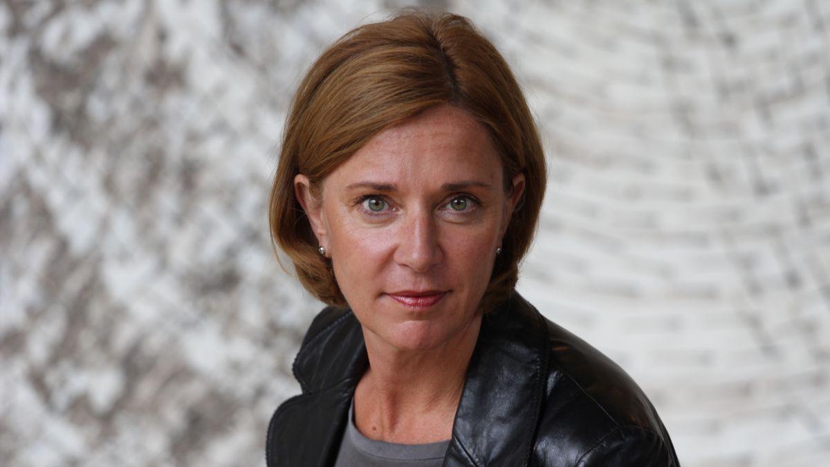Yvonne Gebauer: Digitale Ausstattungsoffensive für Lehrkräfte und Schüler in NRW